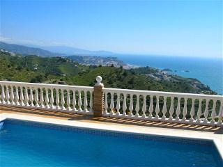 Blick auf die Costa Tropical - Meer und die Berge